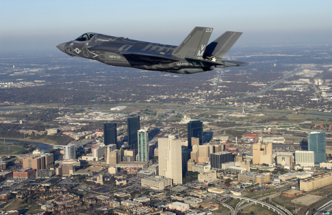 F35 flying over Fort Worth